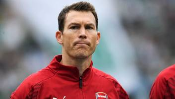 stephan lichtsteiner demands first team assurances before signing new contract at arsenal