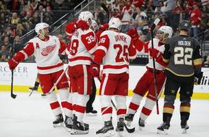 mantha scores in ot, red wings beat golden knights 3-2