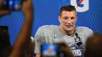 New England Patriots star Rob Gronkowski announces retirement