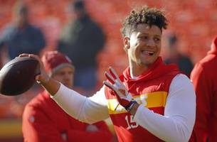 mahomes to contribute to tv coverage of nfl draft