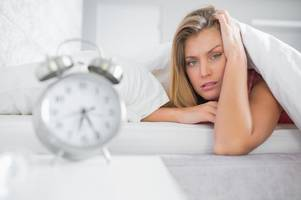 when do the clocks change - and do i get an extra hour in bed?