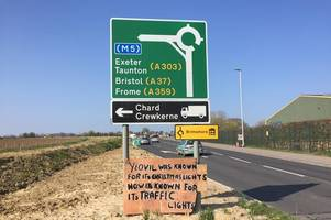 'yeovil was known for its christmas lights' - cheeky sign laments new traffic lights