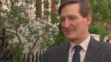 dominic grieve criticises vote against him by local tories