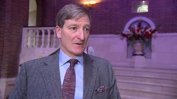 dominic grieve loses no-confidence vote by local tories