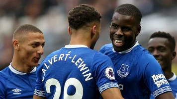 west ham 0-2 everton: toffees punish woeful hammers display