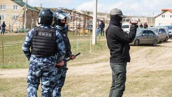 fsb accuses crimean tatars of belonging to 'terror group,' but the evidence is flimsy