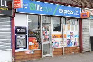 armed thug who threatened shop staff with a knife forced to flee empty handed