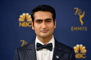 kumail nanjiani to star in legendary entertainment film 'any person, living or dead'