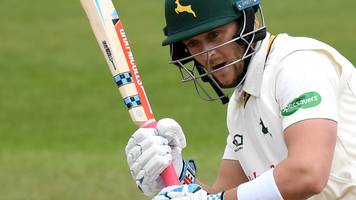 notts' clarke scores first ton of championship season