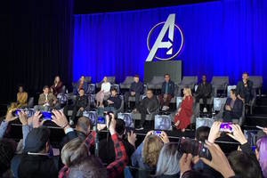 'avengers: endgame' press conference leaves seats empty for thanos' victims