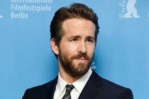 ryan reynolds to exec produce abc family-oriented game show 'don't'