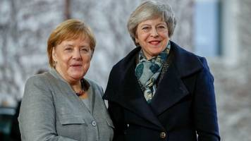 uk pm to meet merkel and macron for talks
