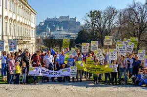 former cheltenham resident organises international people's vote march amid 'sleep walking into no deal' fears