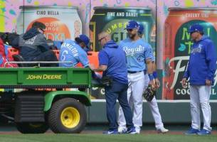 royals lose 10th straight despite three homers and being one strike away