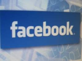 facebook to punish groups for spreading fake news