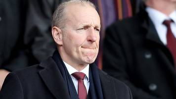 southampton chairman ralph krueger leaves the club