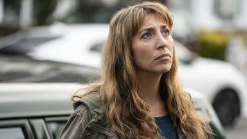 back to life: episodes' daisy haggard on playing a 'relentless optimist'