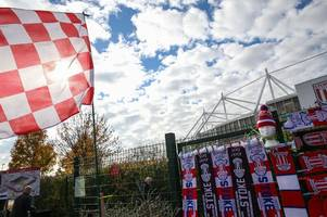expert pundit predicts outcome of stoke city v rotherham and games involving leeds united and aston villa