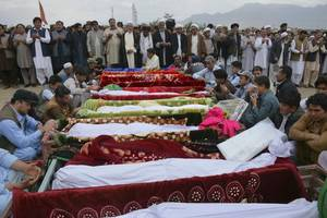 is claims suicide bombing in pakistan that killed 20