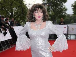 Joan Collins treated for smoke inhalation following 'terrifying' fire at Belgravia flat