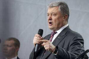ukrainian president arrives for debate in kyiv, challenger doesn't