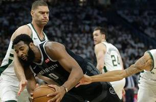 Without Blake Griffin, Pistons get walloped by Bucks 121-86 in Game 1