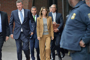 Lori Loughlin Pleads Not Guilty in College Admissions Cheating Case