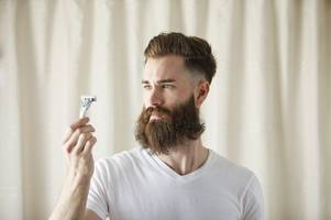 alarming study finds that men with beards carry more germs than dogs