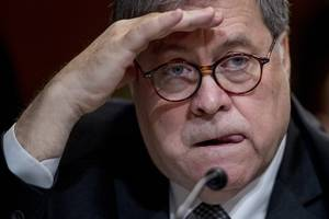 Should William Barr Recuse Himself From Mueller Report? Legal Experts Say Attorney General's Ties to Russia Are Troubling