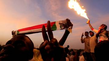 sudan crisis: protest leaders demand end of 'deep state'