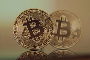 bitcoin (btc) could slowly collapse to $3,600 if textbook trend plays out