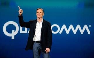 qualcomm rockets higher by another 10% — extending the gains from its settlement with apple (qcom)