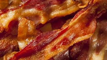 a rasher of bacon 'ups cancer risk'