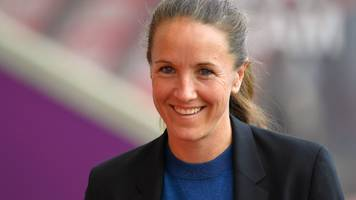 casey stoney: how boxing helped man utd women to brink of promotion