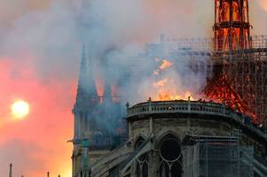 Jesus spotted in Notre Dame Cathedral flames by eagle-eyed people