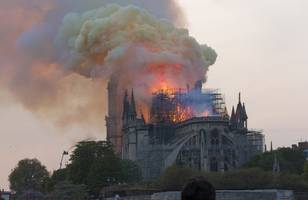 notre dame cathedral faced 'chain-reaction collapse' in fire, official says