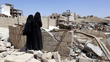 yemen war: trump vetoes bill to end us support for saudi-led coalition