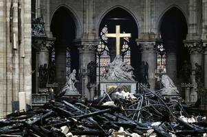 pictures inside notre dame after fire show extent of damage to cathedral
