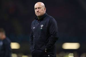 Wales' bid to keep Shaun Edwards thrown into doubt as contract negotiations stall