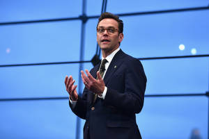 james murdoch rep denies he wants to invest $1 billion in media companies, including liberal outlet (exclusive)
