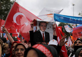 turkey's economy threatened by political instability