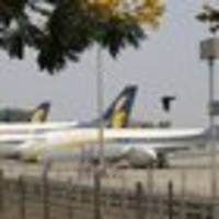 India's Jet Airways suspends flights, runs out of money to fly