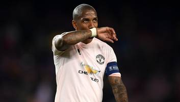 manchester united condemn online racist abuse of ashley young after barcelona defeat