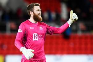 st johnstone's zander clark eyes fourth win and clean sheet against dundee