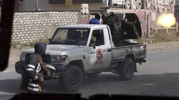 libya crisis: clashes erupt south of capital tripoli