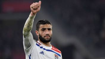 nabil fekir cuts ties with agent as world cup winner seeks big money summer move
