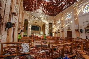 Sri Lanka attacks: Everything we know so far as five Brits among 207 killed in bombings