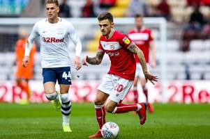 lee johnson reveals why key bristol city playmaker has been struggling for form