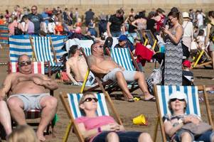 where was the hottest place in wales on easter saturday and how long is it going to last