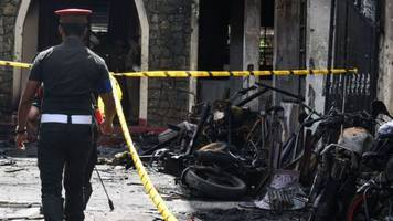 Sri Lanka attacks: At least 207 dead and 450 injured